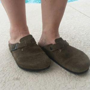 BIRKENSTOCK Soft Suede Mule Shoe Size 8